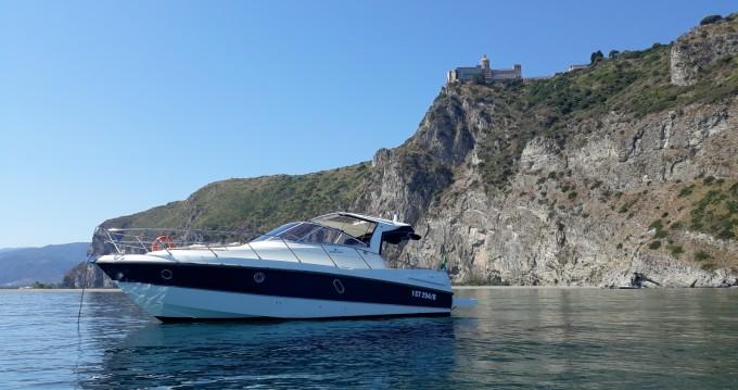Noleggio Barca a motore a Lipari – Cranchi Zaffiro 32
