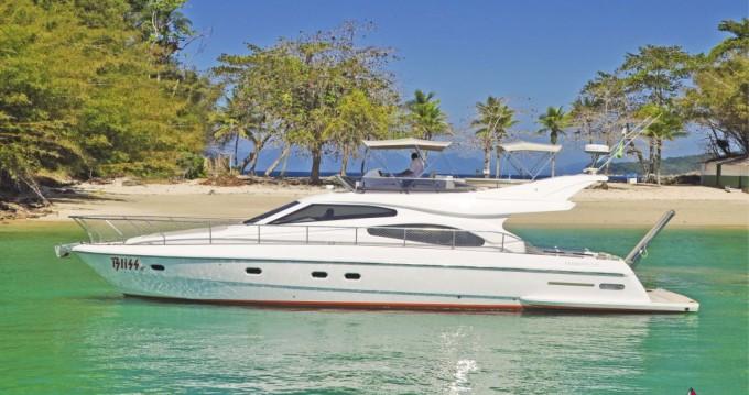 Noleggio barche Ferretti 500 Millenium a Angra dos Reis su Samboat