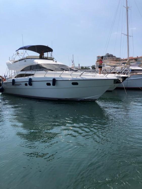 Noleggio barche Cannes economico Princess V50
