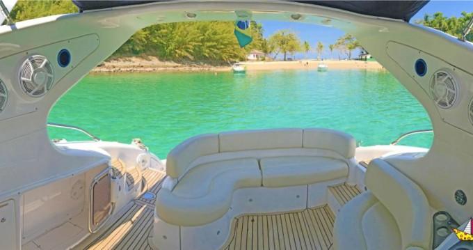 Noleggio Barca a motore con o senza skipper Azimut a Angra dos Reis