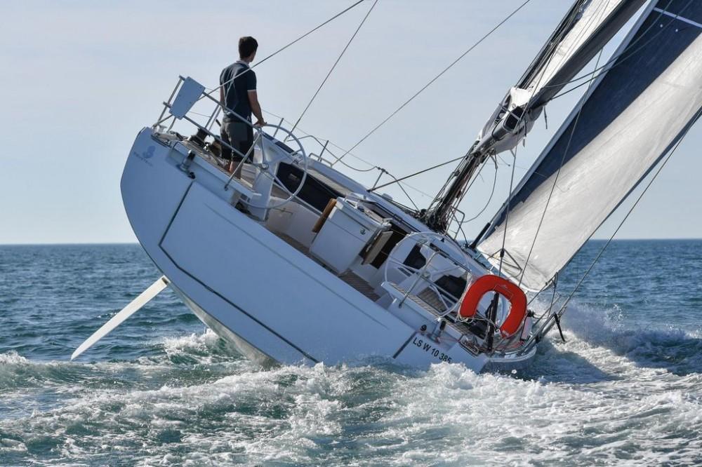 Noleggio Barca A Vela Bénéteau Oceanis 461 Salty Kiss Samboat