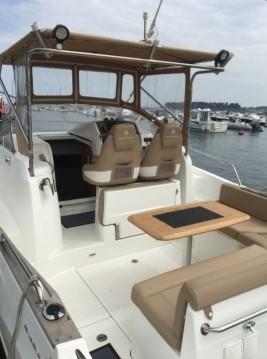 Barca a motore a noleggio a Dinard al miglior prezzo