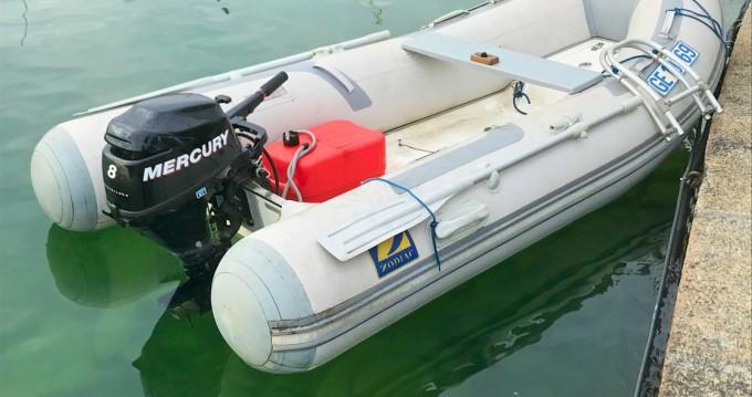 Noleggio barche Genève economico cadet 310 RIB