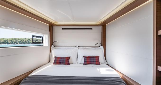 Noleggio Catamarano con o senza skipper Lagoon a Stintino