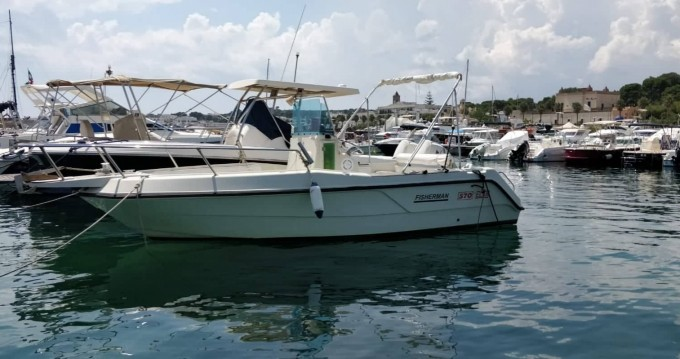 Noleggio Barca a motore Elan con patente nautica