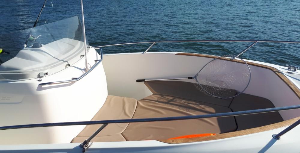 Noleggio yacht Bayonne - Bénéteau Cap Camarat 7.5 CC su SamBoat