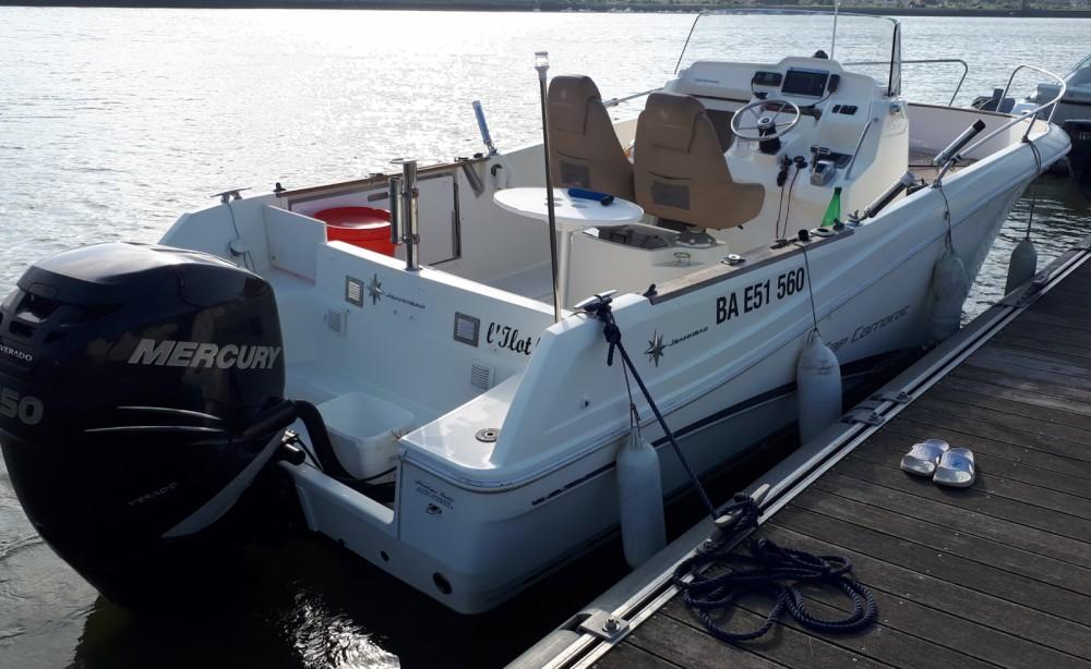 Barca a motore a noleggio Bayonne al miglior prezzo
