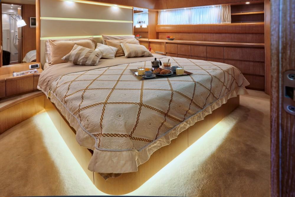 Noleggio Yacht con o senza skipper Maiora Cittanova