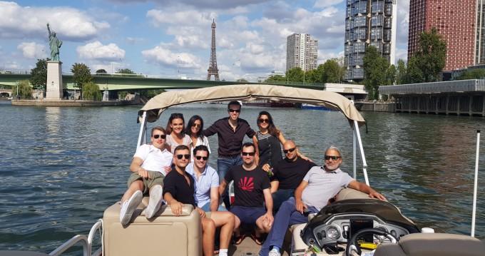 Noleggio yacht a Paris – Suntracker Party Barge 24 su SamBoat