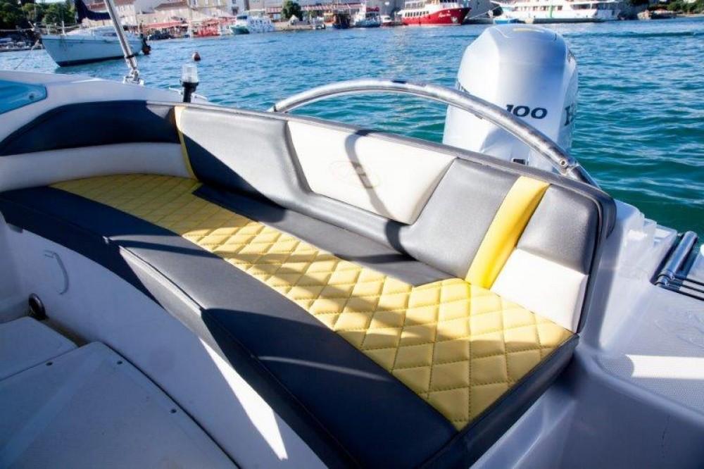Noleggio barche Veglia economico RS5