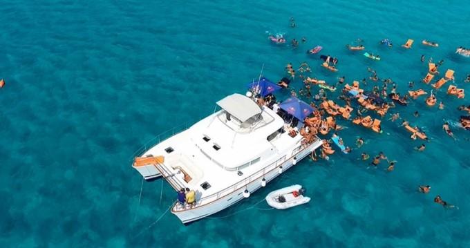 Noleggio Barca a motore Lagoon con patente nautica