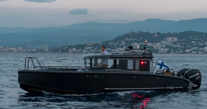 Barca a motore a noleggio a Vannes al miglior prezzo