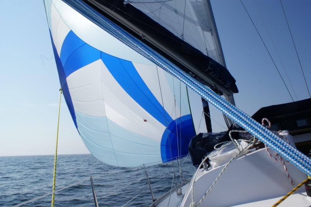 Noleggio barche Le Verdon-sur-Mer economico Feeling 32 DI