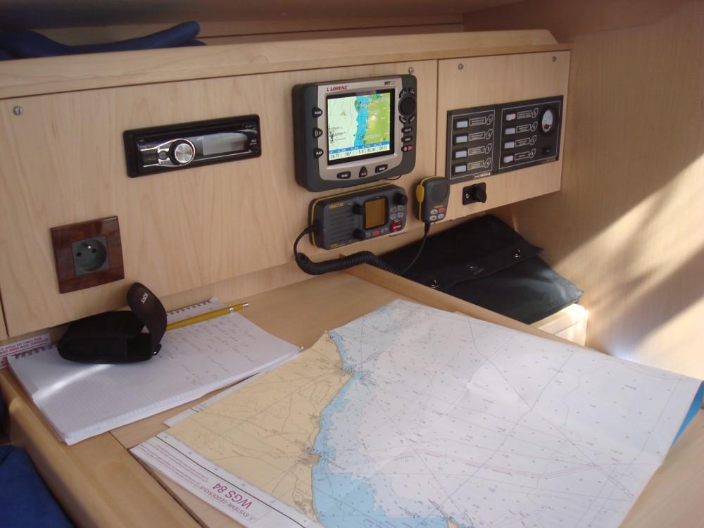 Barca a vela a noleggio Le Verdon-sur-Mer al miglior prezzo
