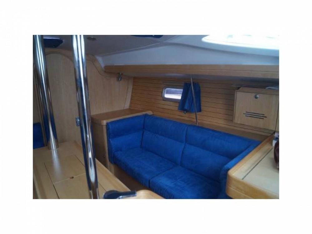 Noleggio yacht Le Verdon-sur-Mer - Alliaura-Marine Feeling 32 DI su SamBoat