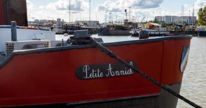 Noleggio Houseboat con o senza skipper Chantier Plaquet a Bordeaux