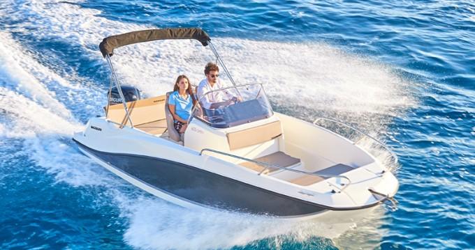 Noleggio yacht a Puerto Alcocéber – Quicksilver Activ 605 Open su SamBoat