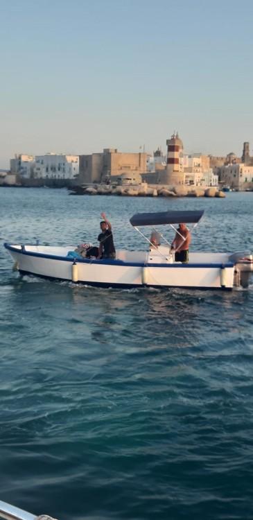 Noleggio Barca a motore Cantiere Navale Monopoli con una patente