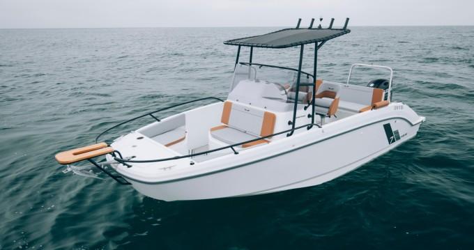 Noleggio Barca a motore Bénéteau con patente nautica