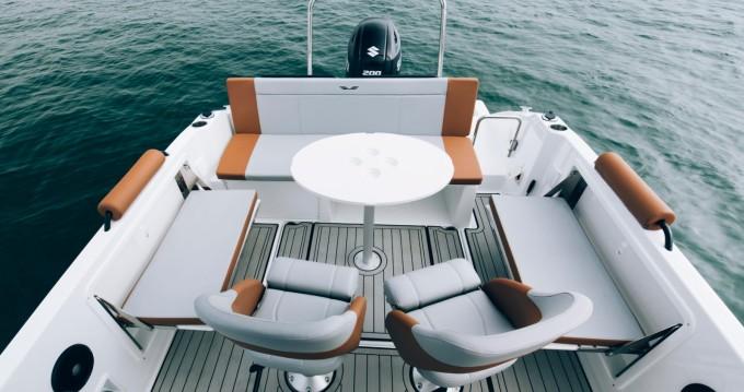 Barca a motore a noleggio a Hendaye al miglior prezzo