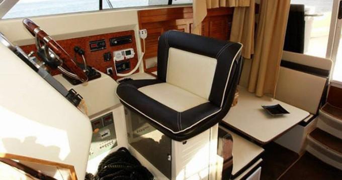 Noleggiare una Rio Yachts 1000 Cabin Fish - Rio 35 a Catania
