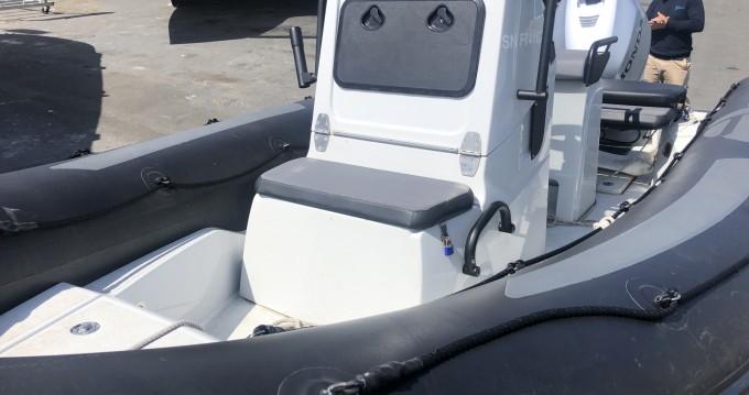 Noleggio barche Zodiac Pro Open a La Rochelle su Samboat