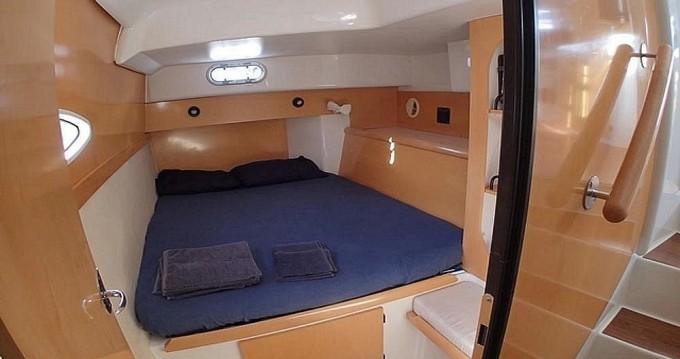 Noleggio barche Pireo economico Lavezzi 40