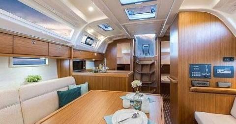 Bavaria Cruiser 37 tra privati e professionisti a Rogoznica
