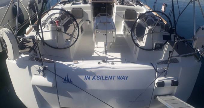 Noleggio Barca a vela con o senza skipper Jeanneau a Tropea
