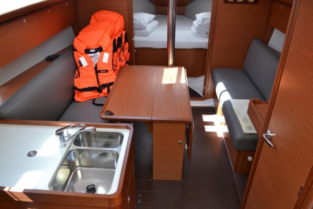 Noleggio yacht  - Dufour Dufour 360 GL su SamBoat