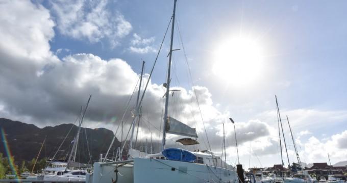 Noleggio barche Eden Island economico Lagoon 450