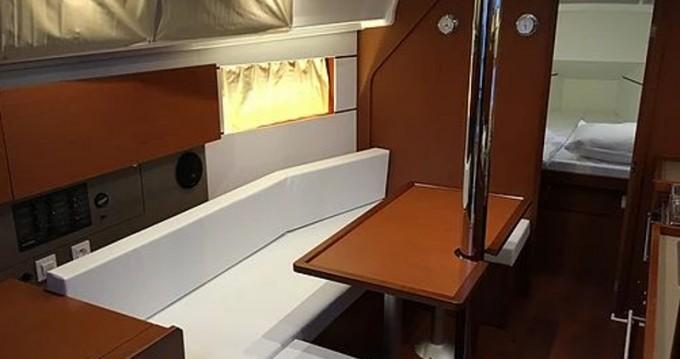 Noleggio Barca a vela a Sukošan – Bénéteau Oceanis 35