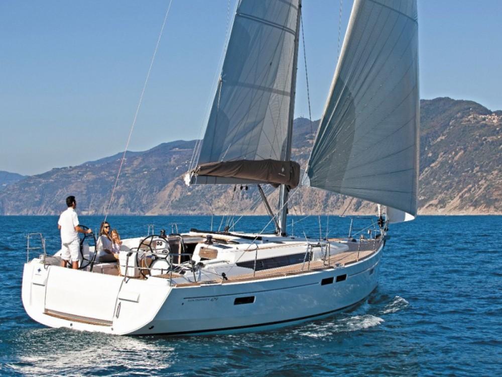 Noleggio barche Follonica economico Sun Odyssey 519