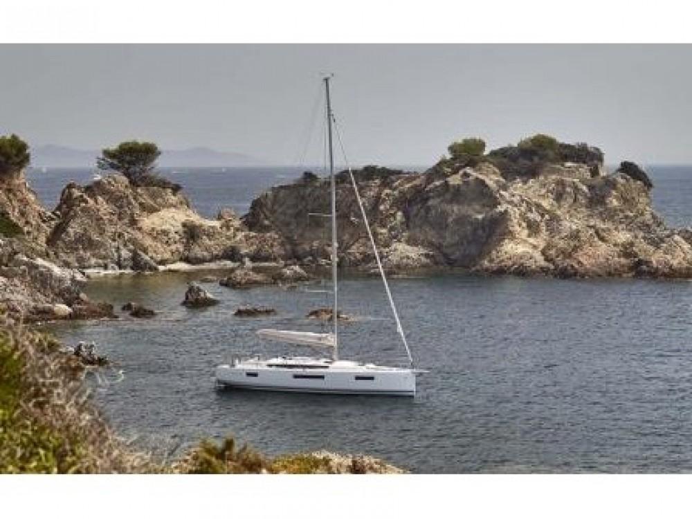 Noleggio yacht Follonica - Jeanneau Sun Odyssey 440 su SamBoat