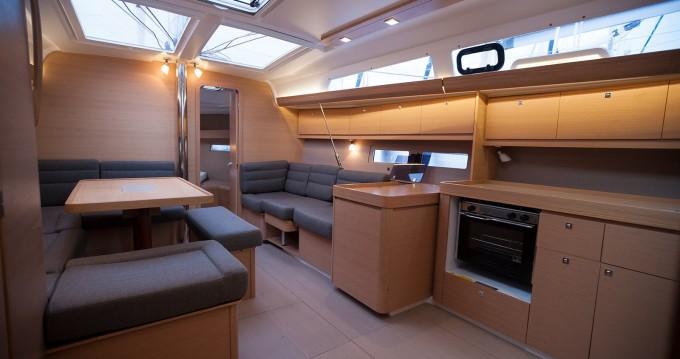 Noleggio Barca a vela a Níkiti – Dufour Dufour 410 Grand Large