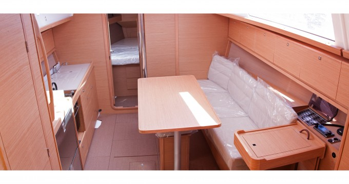Noleggio Barca a vela a Níkiti – Dufour Dufour 382 Grand Large