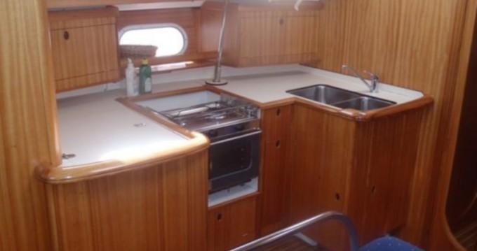 Noleggio Barca a vela con o senza skipper Dufour a Betina