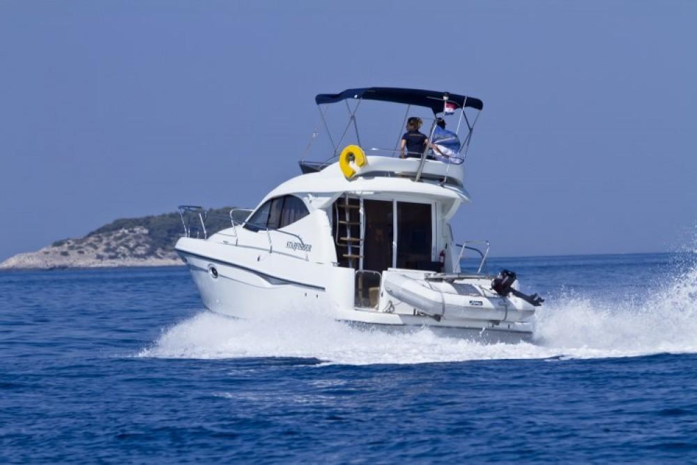 Noleggio Barca a motore con o senza skipper Starfisher Capocesto