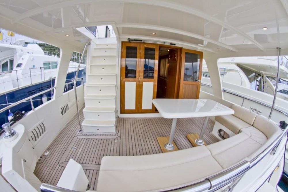 Noleggio barche Adagio Adagio Europa 51.5 Capocesto su Samboat