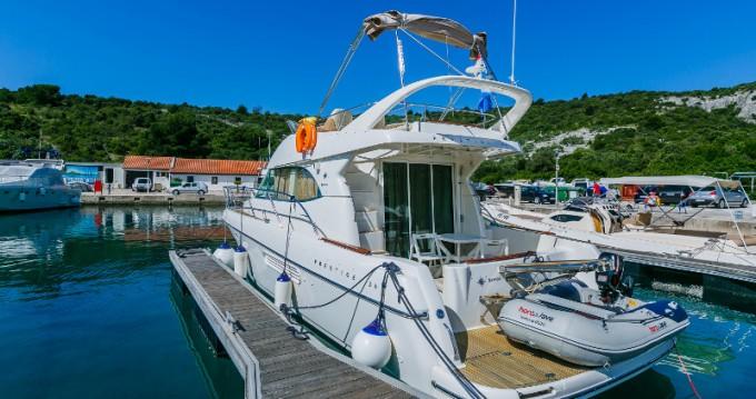 Noleggio yacht a Primošten – Jeanneau Jeanneau Prestige 36 Fly su SamBoat