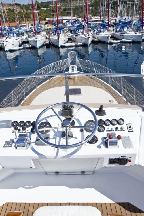 Noleggio Barca a motore  con una patente