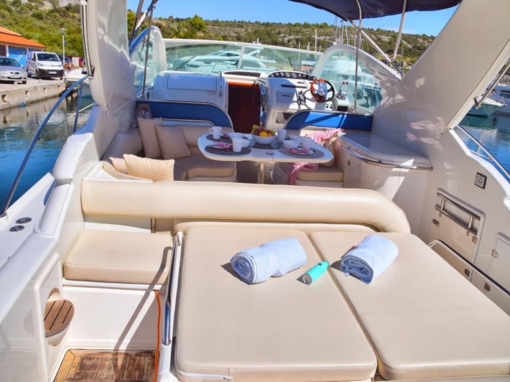 Noleggio yacht Capocesto - Fairline Fairline Targa 48 su SamBoat