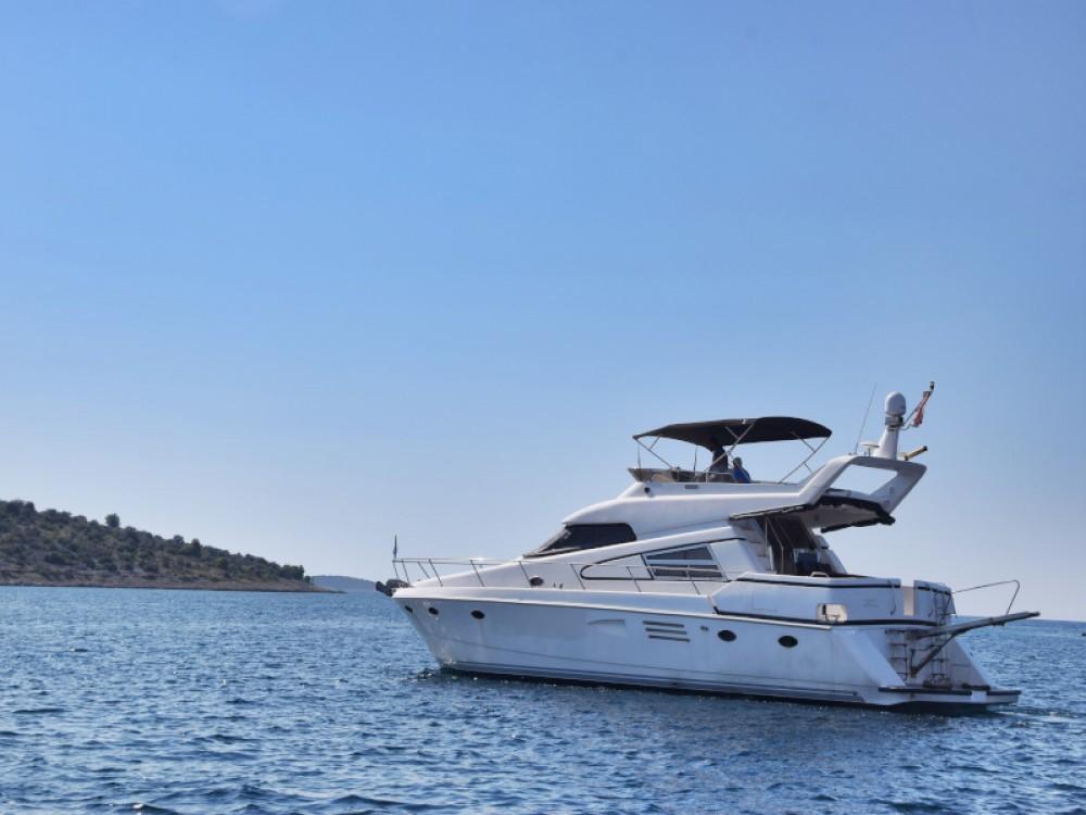 Noleggio yacht Capocesto -  Johnson 56 su SamBoat