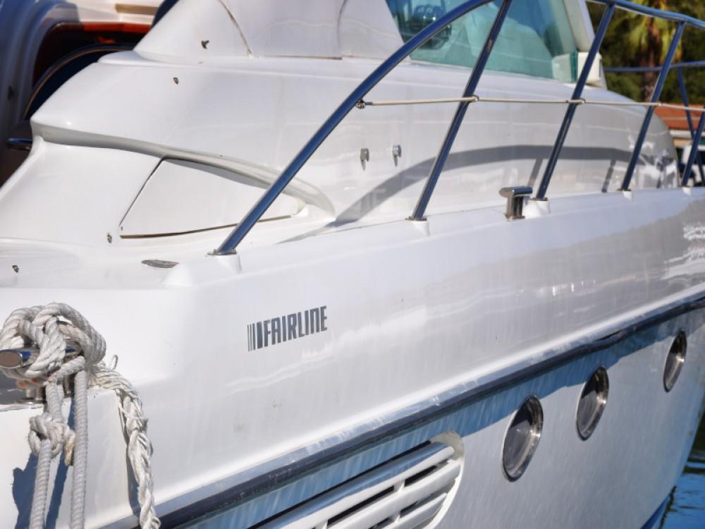 Noleggio barche Fairline Fairline Targa 48 Capocesto su Samboat