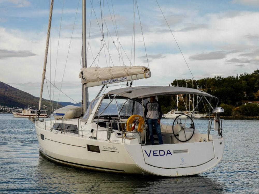 Noleggio barche Bénéteau Oceanis 41.1 Teodo su Samboat