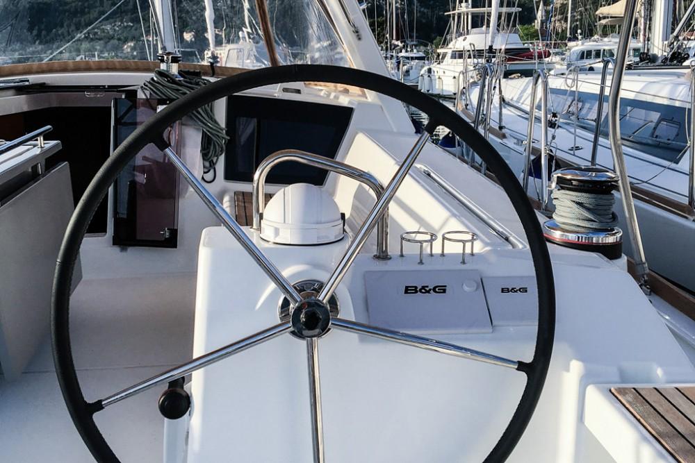 Noleggio barche Bénéteau Oceanis 45 (4 cabs) Slano su Samboat