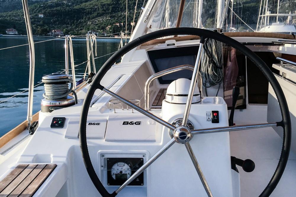Noleggio Barca a vela con o senza skipper Bénéteau Slano