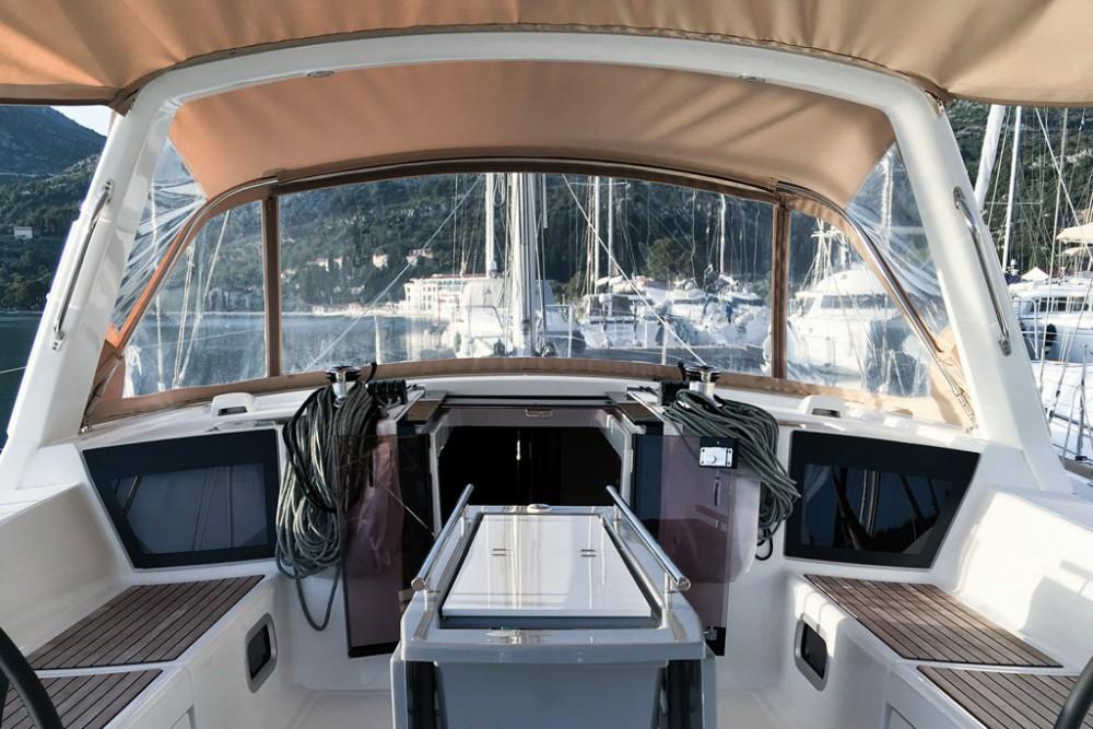 Noleggio barche Slano economico Oceanis 45 (4 cabs)