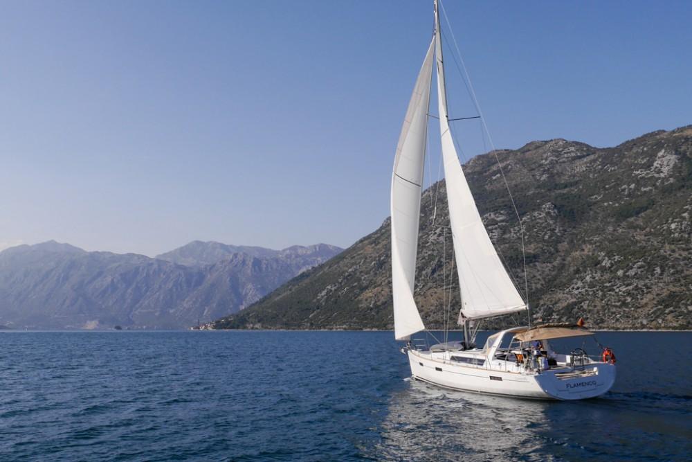 Noleggio Barca a vela con o senza skipper Bénéteau Teodo