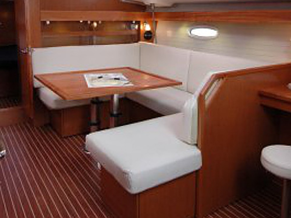 Noleggiare un'Bavaria Bavaria 43 C Marina di Portisco